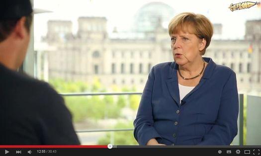 LeFloid_Merkel525