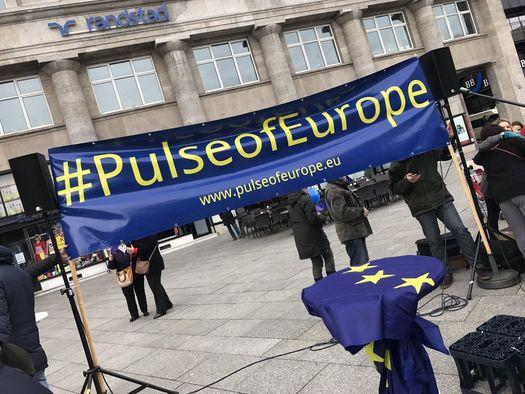 pulseofeurope525